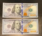 2009a 100 Star Note. Unique And Sequential Serial Numbers Lb06777999 + Lb06778000
