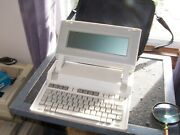 Hewlett Packard Hp Model 110 Laptop From 1984 With Original Case - Sold As Is