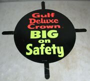 Vintage 1950and039s/60and039s Gulf Gas And Oil Tires Deluxe Crown Tin Metal Round Tab Sign