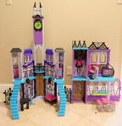Monster High Deadluxe High School Playset For Dolls House Classroom Used