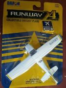 Ho Scale Cessna 172 Air Plane With No Runway Rw-805