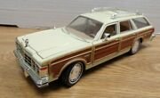 1979 Chrysler Lebaron Town And Country Wagon 2008 Motor Max 124 Diecast Dbdc-30