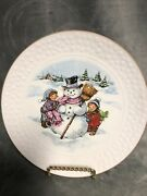 """Avon Christmas Plate 8"""" 1986 Bisque Porcelain Excellent Used Condition"""