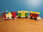 Vintage 1973 Fisher Price Circus Train Set 991 W/ Engine, Caboose, And Animal Car