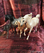 Breyer 1225 Cloud's Legacy 2006 Version Complete 4 Horses Nice Condition