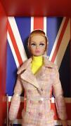Rare Poppy Hoodie Downtown Fashion Royalty Doll By Integrity Toys Unused 696/mn