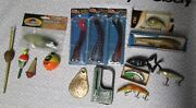 Vintage Fishing Lures Lot Plastic Divers Minnows Scale Bobber Frog Lazy Ike