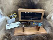 Buck 921yisle Yellow Horse Spirit Singer Limited Edition Knife And Glass Case - B9