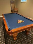 Brunswick 8and039 Pool Table With Cue Rack