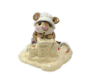 Wee Forest Folk M-076 Beach Mousey Retired