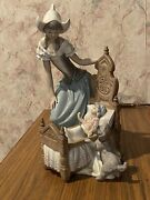 Lladro Dutch Mother Lullaby And Goodnight 5083 Porcelain Figure Baby Crib Dog