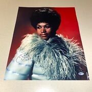 Aretha Franklin Signed Autographed 16x20 Photo Queen Of Soul Beckett Coa B96473