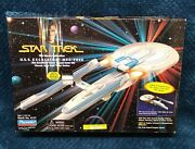 New Star Trek U.s.s. Excelsior Ncc-2000 Playmates Collector's Edition 1995