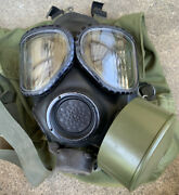Us Military M40 Gas Mask Size Large W/ Bag