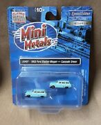2 Mini Metals Classic Metal Works N Scale 1953 Ford Station Wagons Green