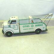 Vintage Marx Cities Service Towing Truck Pressed Steel Battery Operated