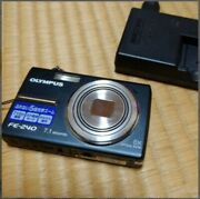 Used Olympus Fe-240 Digital Camera Good Condition Charger Confirmed Japan S1918