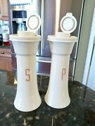 Tupperware Usa 6 Pepper And Salt Shakers 718 Vintage Almond Sand Hourglass