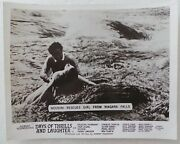 Original 1961 Lobby Card 10 X 8 - Days Of Thrills And Laughter - Houdini Rescues