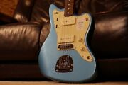 Fender 2021 Collection Japan Traditional 60s Roasted Neck Lake Placid Blue
