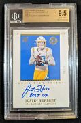 Justin Herbert Rookie Card Auto Gold - 15/25 Bgs 9.5/10 - Los Angeles Chargers