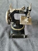 Vintage Small Singer Hand Crank Model 20 Childs Sewing Machine