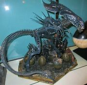 Sideshow Alien Queen Maquette Mint Aliens Local Pick Up Only 999.75