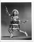 Dale Evans Vintage Photo Western Cowgirl Leggy Sexy Wife, Roy Rogers Dual Pistol