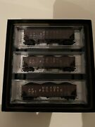 """Micro Trains 993 05 920 N Scale Union Pacific"""" Weathered Hopper 3 Pack"""