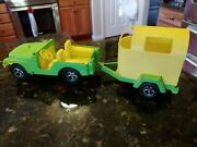 Vintage Hubley Metal Jeep And Horse Trailer Yellow Green