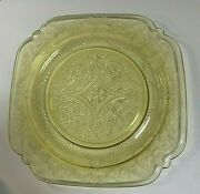 8 Vintage Federal Madrid Depression Square Embossed Glass 9 Lunch Plates 1930s