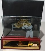2003 Roberto Clemente 2003 Playoff Absolute Etched Glass Game Used Patch Bat /50