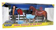 Breyer Classics 112th Horse And Pony New Arrival At The Barn Set No 61084