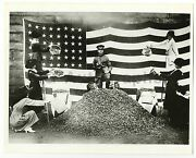 World War I - Vintage 8x10 Publication Photograph - Collecting Peach Pits