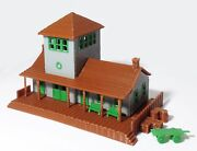 Outland Models Train Railway Layout Small Train Station / Depot N Scale 1160