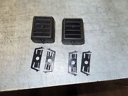 1984-1989 Corvette Air Condition Stock Middle Vents And Retainers 2 14046019