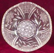 Mckee Innovation Fruit Center Bowl Early American Pattern Glass Clear Help