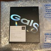 Samsung Galaxy Fold New And Sealed Box-space Silver And Ready To Ship Unlocked