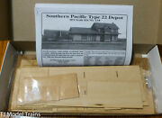 American Model Builders 134 Southern Pacific Type 22 Depot -- Kit Ho Scale