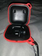 Beats Pro Wireless Case With Right Earbud Black