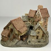 Brookside Hamlet By David Winter - Made And Hand Painted In Great Britain 1982