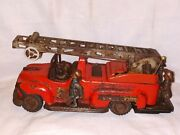 Vintage Electro Fire Truck Battery Operated Tin Litho T.n. Nomura Japan Toy Car