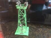 Lionel Trains 395 Green Floodlight Tower With Four Lights