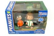 Memory Lane Peanuts Marice And Peppermint Patty Baseball Dugout Playset Sealed