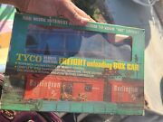 Tyco Freight Unloading Depot Ho Scale W/ Remote Control