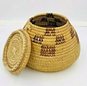 Early 20th Century Yup'ik Inuit Alaskan Handwoven Basket W/ Lid Stitched Design