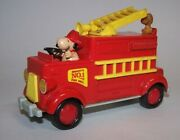 Peanuts Snoopy And Woodstock No.1 Fire Dept. Die-cast Fire Truck Aviva Toy Co 1965