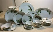 Vintage Hira Delray Japan Fine China Hand Painted 96 Pcs. Gold Edging Excellent