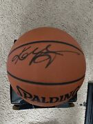 Kobe Bryant Signed Official Nba Basketball Psa/dna With Card Box