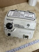 Honeywell Water Heater Gas Value Wv8840b1109 Used For Parts Broken Tip